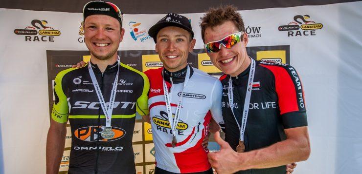 Wielu znakomitych zawodników na Colnago Lang Team Race
